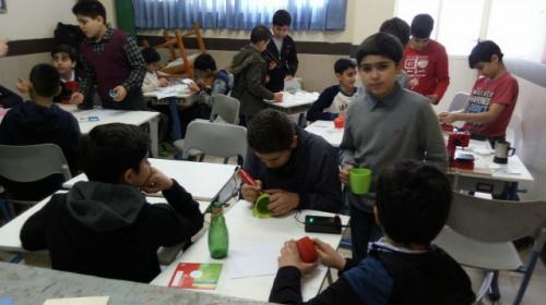 نمایشگاه و کارگاه خلاقیت و دست ورزی در دبستان پسرانه سروش 2