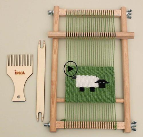 آموزش بافت یک الگوی خاص به کمک دار بافندگی